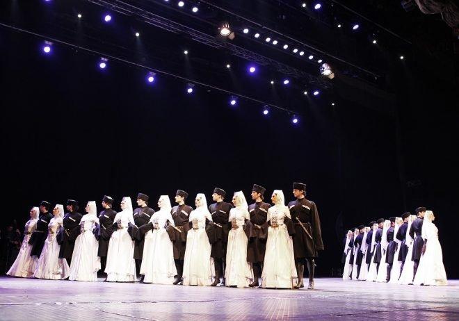 Sukhusvili Ulusal Bale Topluluğu